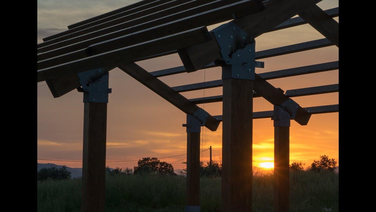 Construcci n de una estructura de madera youtube - Estructura casa de madera ...