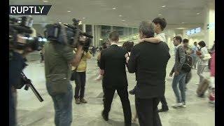 В аэропорт Домодедово прибыли российские дети, вывезенные с территории Ирака