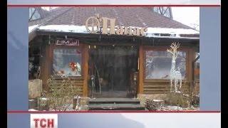 У центрі Києва невідомі розбили вітрини двох ресторанів(, 2014-02-06T09:10:16.000Z)