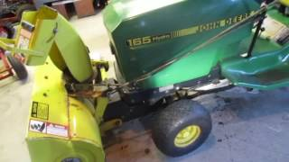 Mounting snowblower John Deere 165