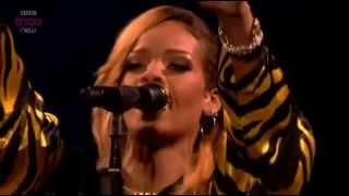 Rihanna   Diamonds Live At 'T in the park' festival2