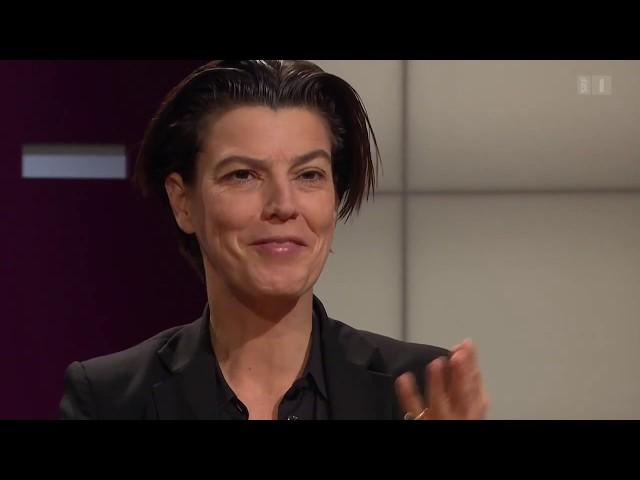 Kriegsreporterin Carolin Emcke\: Wie geht neu anfangen?   Sternstunde Philosophie   SRF Kultur