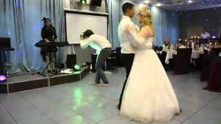 Песня на свадьбу от младшей сестры (Wedding song for my sister)