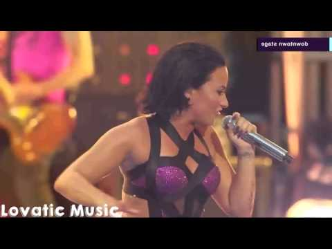 Demi Lovato - Heart Attack (Live at VMA's 2015) HD