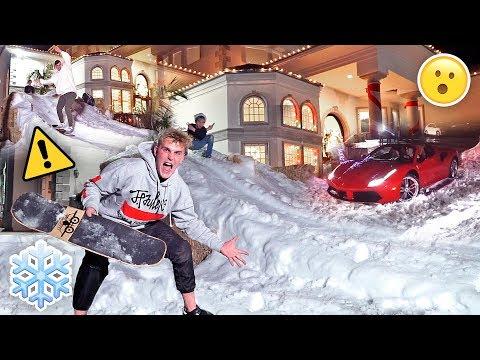 HOMEMADE GIANT SNOW SLIDE AT TEAM 10 MANSION {30 MPH}