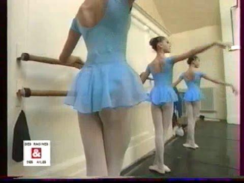 Petits rats de l'Ecole de Danse de l'Opéra de Paris FR-EN (subtitles)