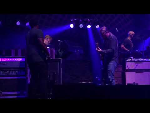 "Tedeschi Trucks Band  2019-09-27 Beacon Theater NYC ""Don't Keep Me Wonderin'"""