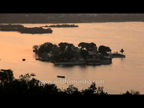 Floating Taj lake palace at sunset : Udaipur, Rajasthan