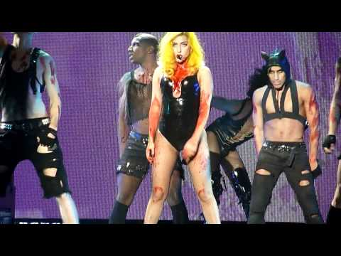 Lady Gaga - Teeth [The Monster Ball @ Malmö Arena, 19/11, 2010] HD