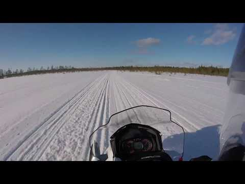 Lynx X-TRIM SC 600 E-TEC ajelua Kempeleen Marjakammin kodalta Ouluntullia kohti
