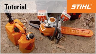 Video Tutorial On Chain Saws 4 -  Filling The Chain Saw With Fuel And Oil
