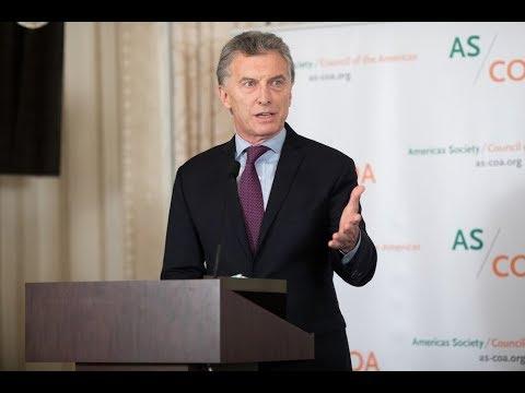 Mauricio Macri Recibe la Insignia de Oro de Americas Society