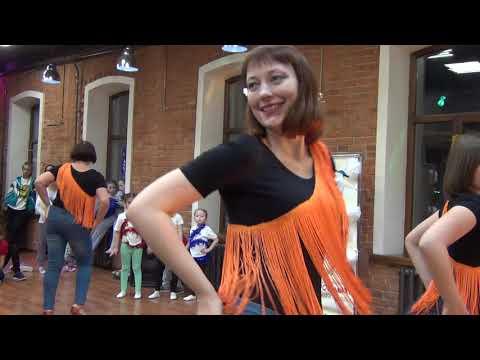 Смотреть клип Сальса. Женский стиль. Новогодний концерт Академии Танца и Музыки онлайн бесплатно в качестве