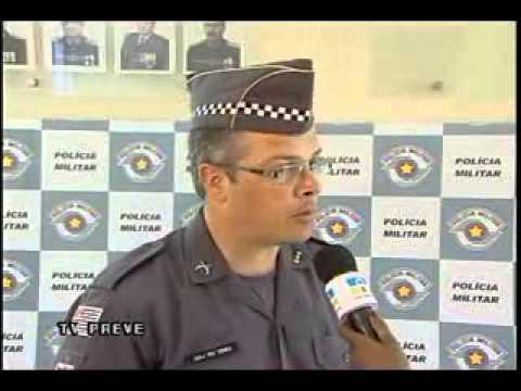 b9040c327 Polícia Militar apresenta novo Uniforme - YouTube