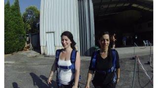 Paracaidismo  AVENTURA TOTAL  Sensacion Indefinible  Salto tandem Esther y Sonia
