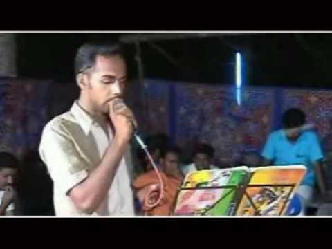 SALEEM KODATHOOR IN HIS LIFE'S FIRST STAGE PROGRAMME AT ERAMANAGALAM ON 16/12/2006-NAVAS