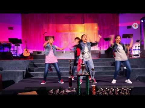 Bina Ra Sarangi - Santosh Tirwa | VOP Grand Finale | Nepali Christian Song 2017