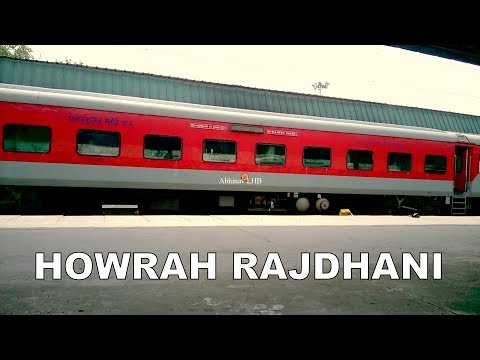 King of ER   Howrah Rajdhani Express arrives New Delhi in EOG mode   HWH WAP7 in lead