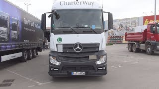 Mercedes-Benz Actros 1842LS 4x2 StreamSpace CharterWay Exterior and Interior