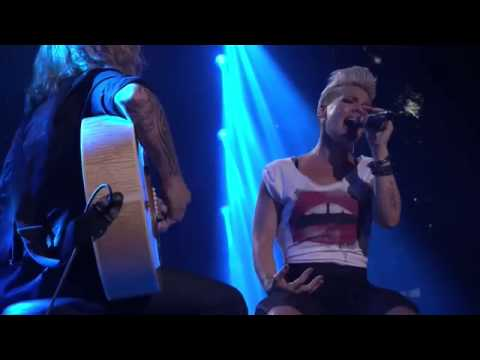 Download Pink   iTunes Festival 2012 Full Concert WithTrack List  Full HD 1080p