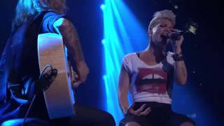 Pink   iTunes Festival 2012 Full Concert WithTrack List  Full HD 1080p