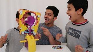 تحدي الكف مع اخواني الصغار - وجهي راح فيها 😂 !!