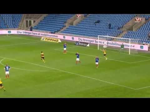 VIDEO – Punizione da centrocampo e gran gol del portiere norvegese Hakon Opdal