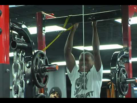 Tra Thomas and 7 Deuce Sports Extreme Workout