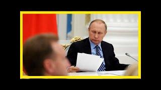 Смотреть видео Путин подписал закон о конфискации по решению иностранных судов онлайн