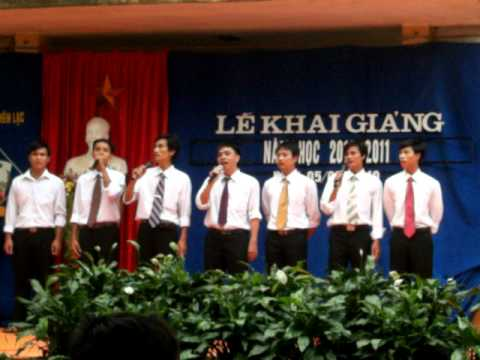 lễ khai giảng năm học 2010-2011 trường thcs yên lạc!