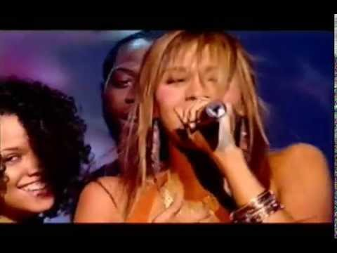 2005uk - Javine - Touch My Fire (wardrobe malfunction)
