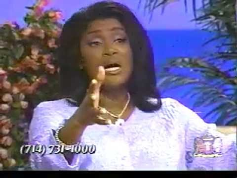 Juanita Bynum Speaking Her Mind & Teaching Back In The Day