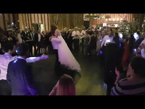 Lillibrooke Manor Wedding Dj Disco Last Song Of The Night Youtube