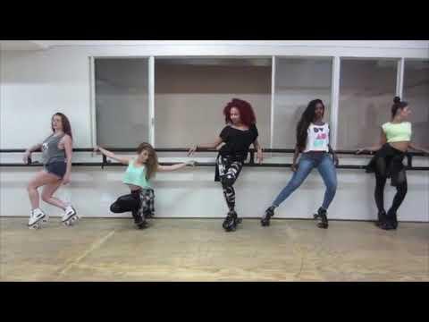 Beyoncé's Dancers Rehearsing Blow