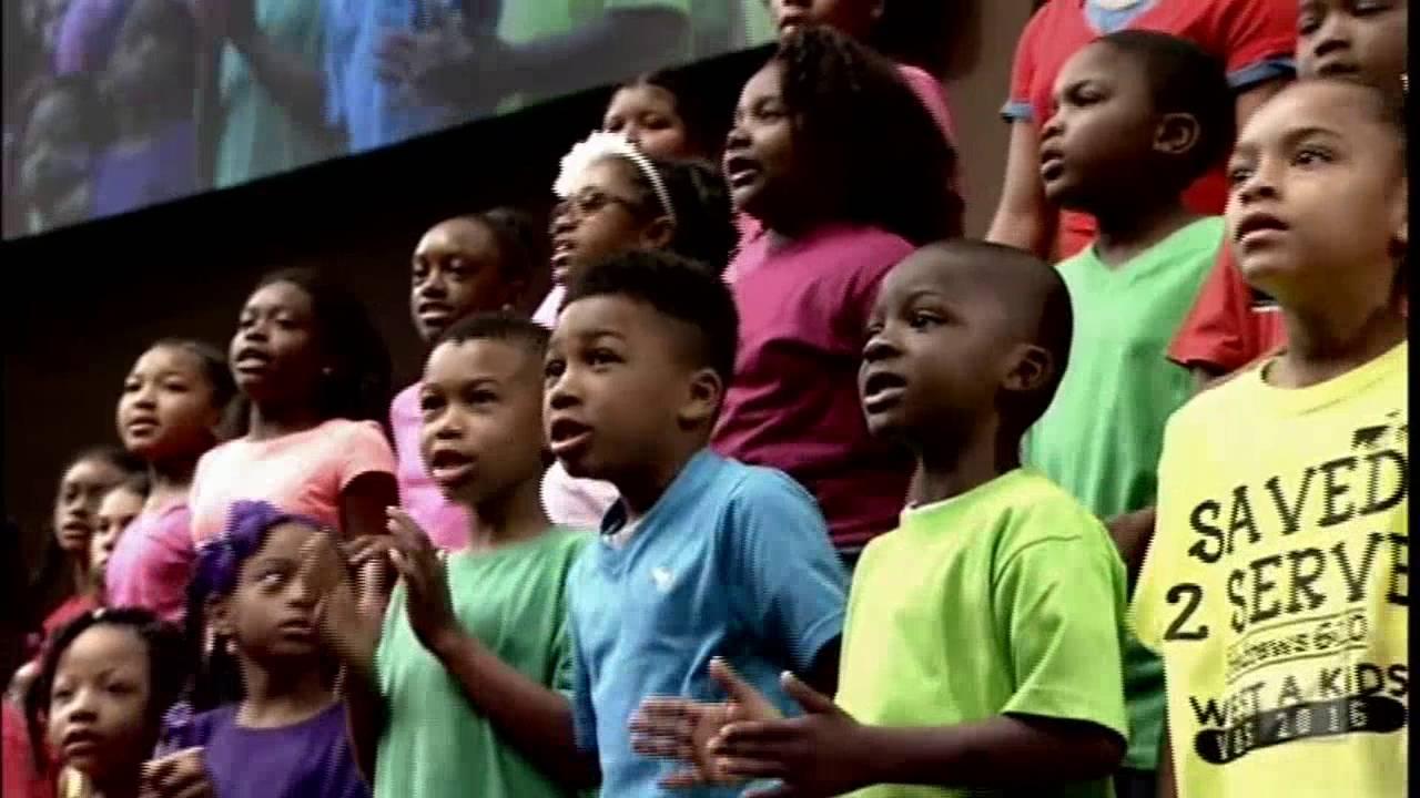West Angeles Angelic Choir: Yes Jesus Loves Me