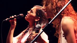 Marta Gómez - Chicharra (con Luna Monti)  - Directo en Buenos Aires