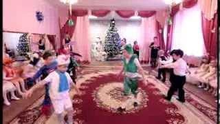 Танец Мишка Гумми Бер(, 2014-03-01T14:59:31.000Z)