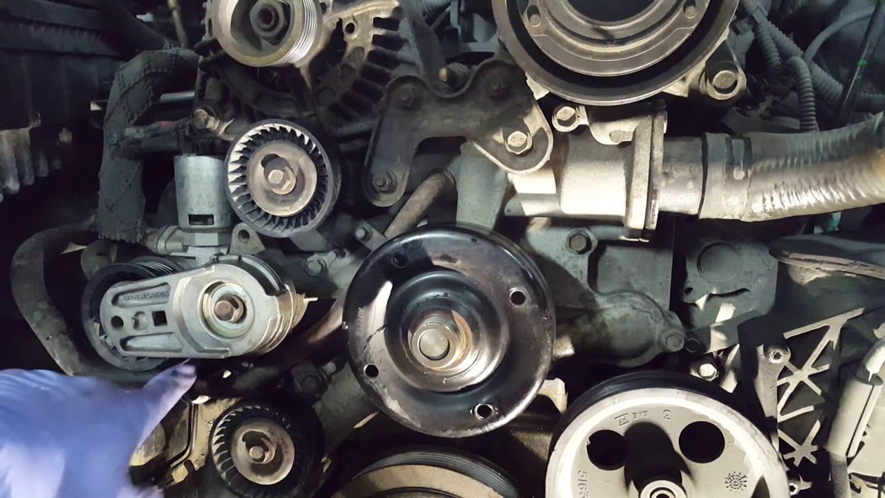 2006 Dodge Ram 57L: Replacing the water pump  YouTube