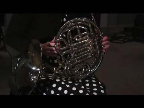 Differences Between F French Horns & B Flat French Horns : French Horn