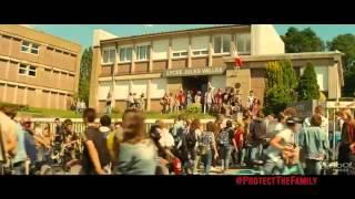 The Family Trailer - Dianna Agron (Belle)