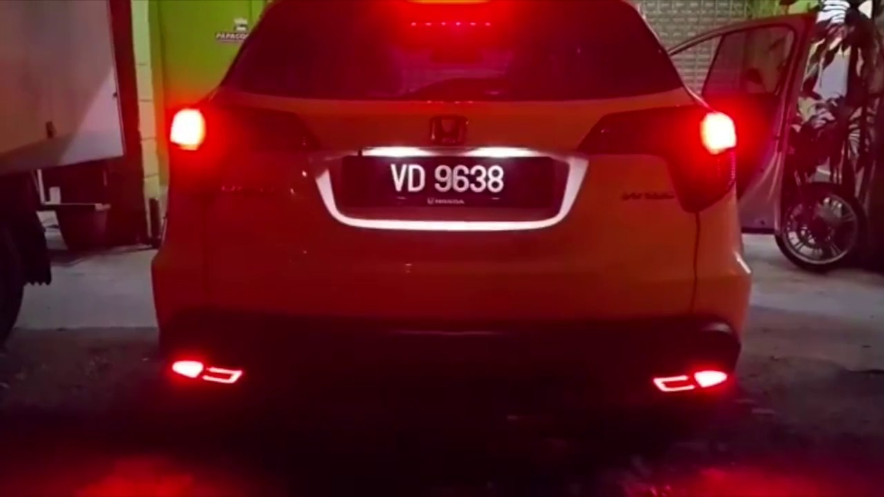 hight resolution of honda hrv rear bumper led brake light