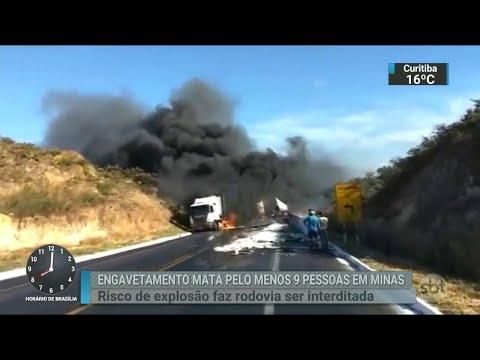 Acidente deixa nove mortos e 64 feridos em rodovia de MG | SBT Brasil (16/07/18)