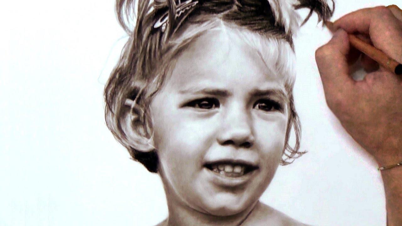 Ritratto realistico a carboncino di bambina - speed ...