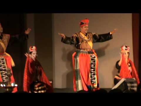 Bidayuh traditional dance, performed by KPSU