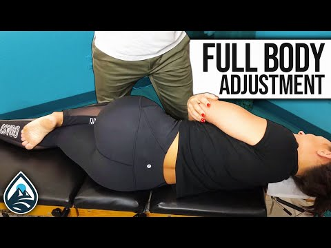 Dallas Fitness Instructor Gets Full Body Adjustment- Lifespring Chiropractic-Austin, Texas