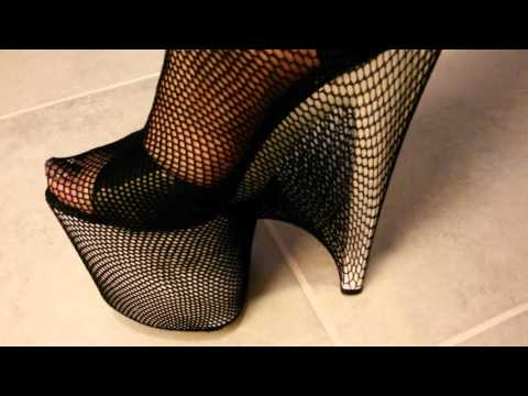 DELETES SCENES fetish high heels - fishnet stockings