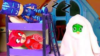 PJ MASKS 👻 Buhita, Gatuno y Gekko ven una película de Halloween