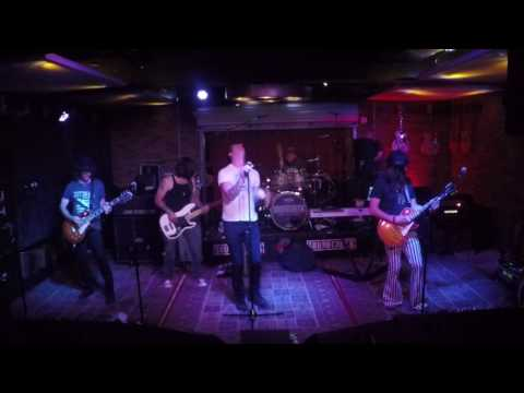 Aerosmith - Last Child (Cover) at Soundcheck Live / Lucky Strike Live