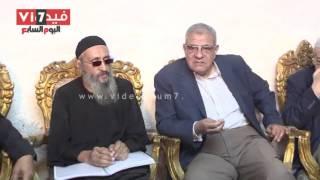 بالفيديو.. محلب لسكان الدير المنحوت: الدولة تحميكم.. وراهب مشلوح يرد: أشك