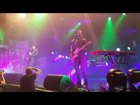 Halestorm - Do Not Disturb (live at O2 Academy, Birmingham, UK)